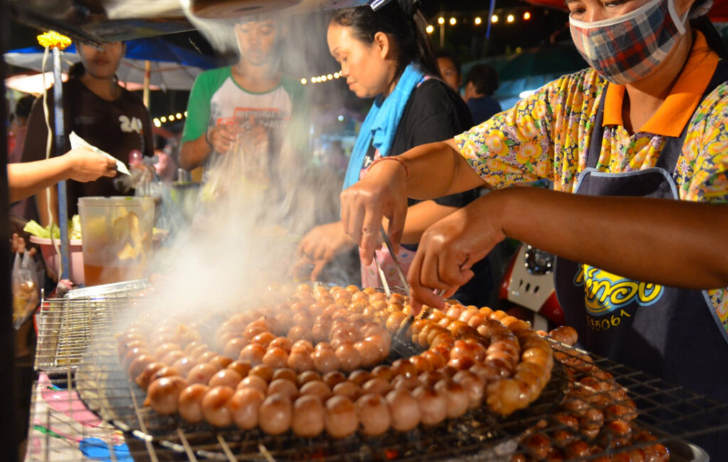 A Beginner's Guide to Street Foods to Check Out in Bangkok
