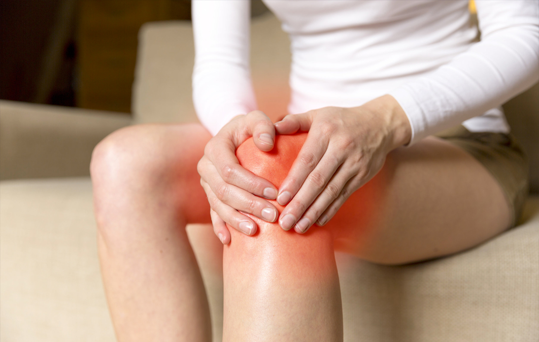 knee osteoarthritis and swelling inside the knee joint